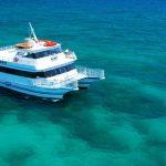 glass-bottom-boat-